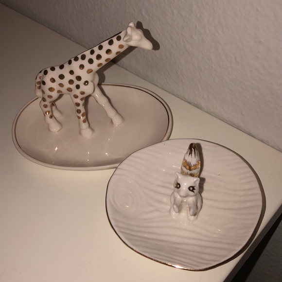 Anthropologie Other - Anthropology white and gold ring dishes
